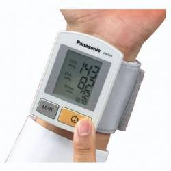 Panasonic Tensiometru de incheietura,Tehnologie Digitala de Filtrare,Display LCD Digital,Memorare 90 valori